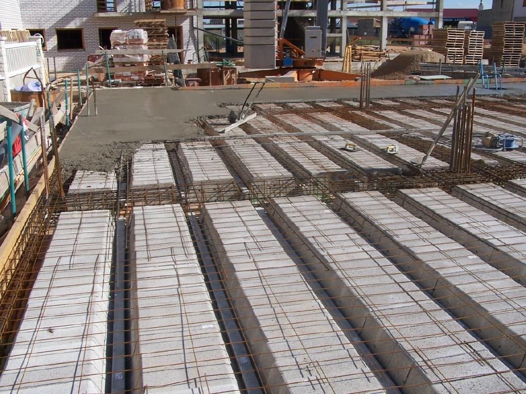 Edificaciones y construcciones